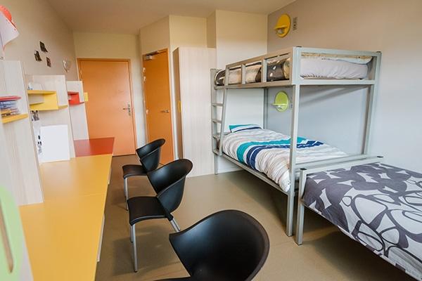 chambre pour 3 élèves