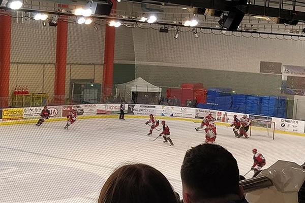 soirée hockey sur glace pour les internes